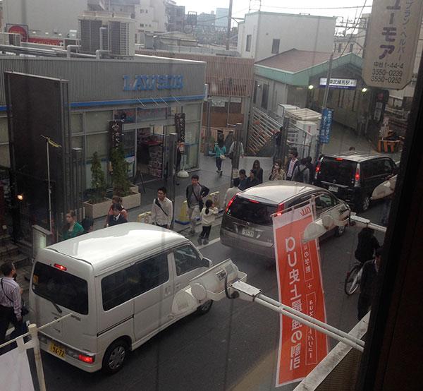 東武練馬駅前